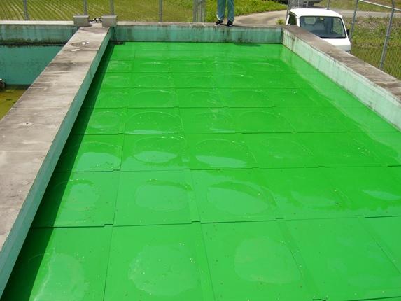 藻を防ぐ!浮上型防藻ボード