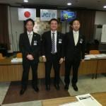 左から田辺直前理事長、瀬尾理事長、香西理事長予定者